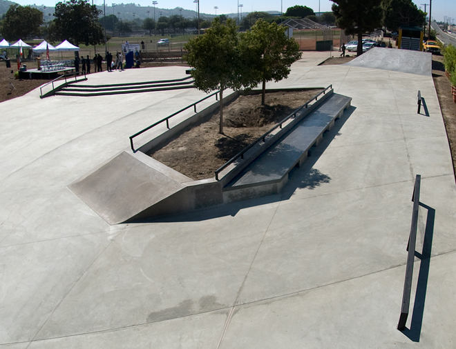 charmette bonpua skate plaza, los angeles, california