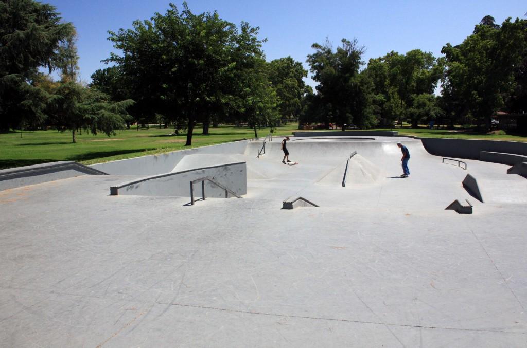 applegate skatepark, merced, california