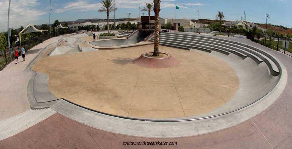 santa clarita skatepark, santa clarita, california