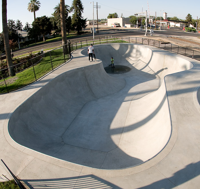 tulare skatepark, tulare, california