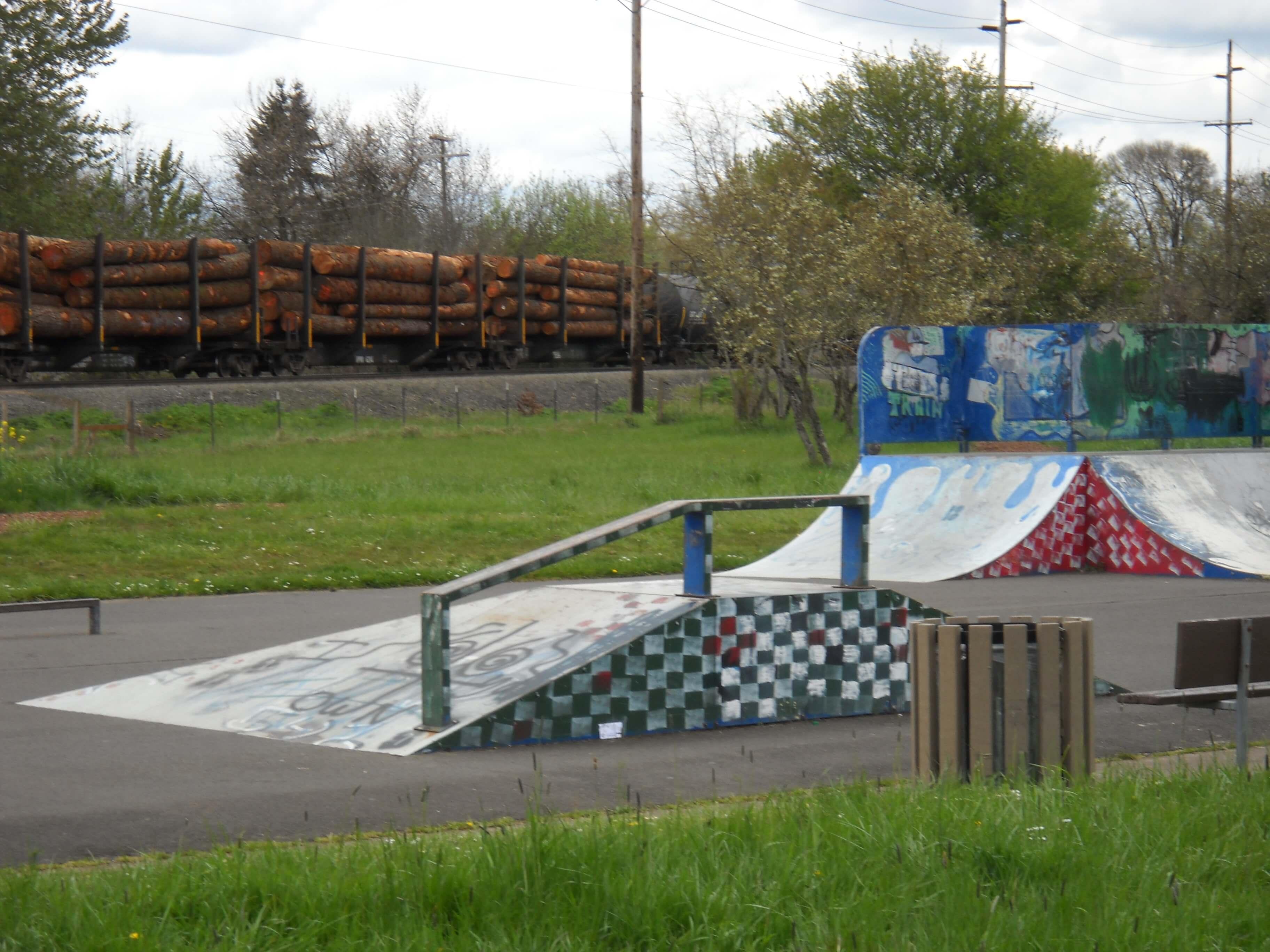 trainsong skatepark, eugene, oregon