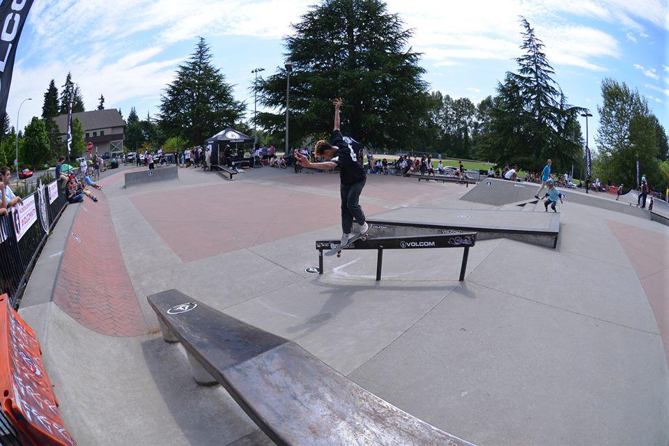 highland center skate plaza, bellevue, washington