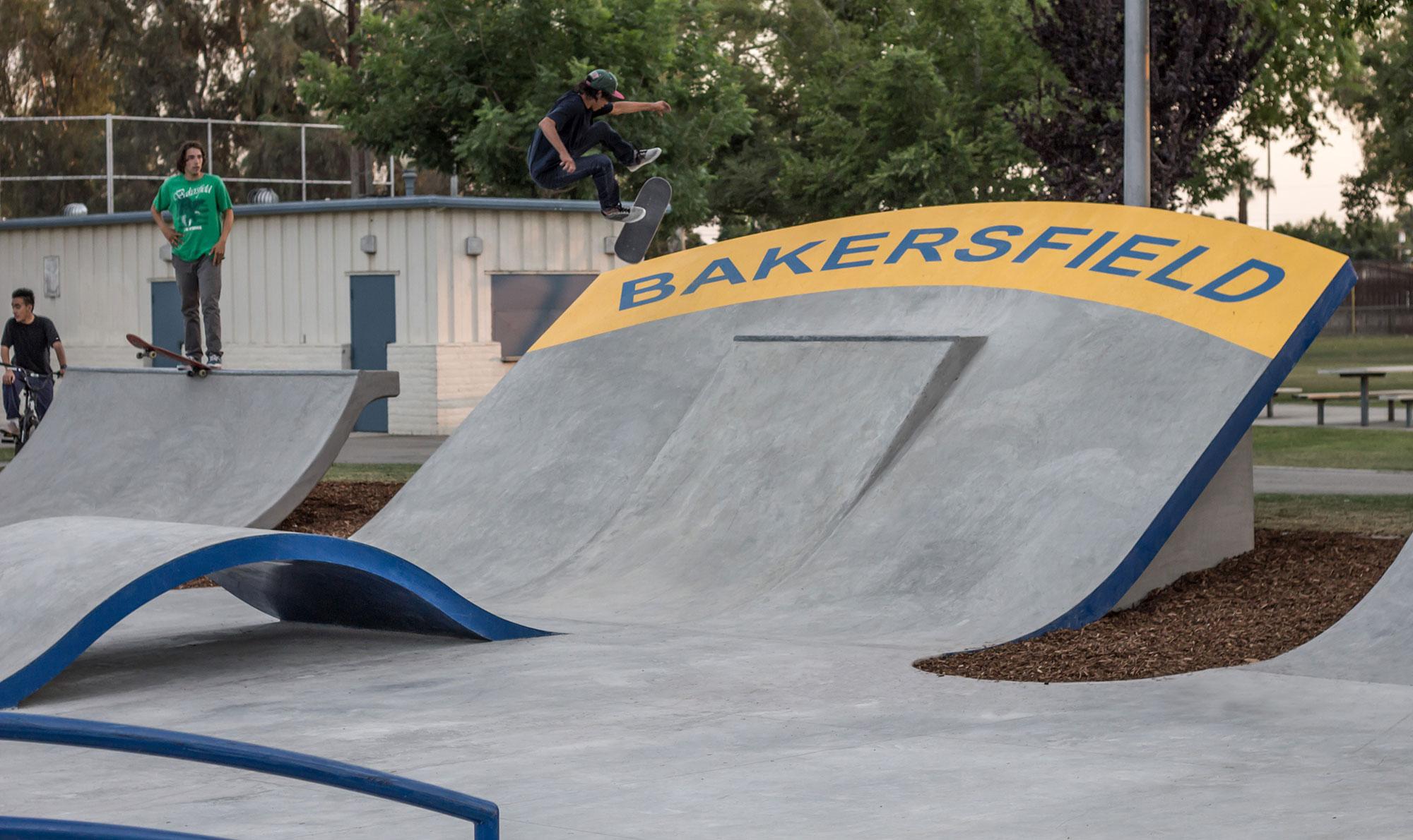 Bakersfield2 01