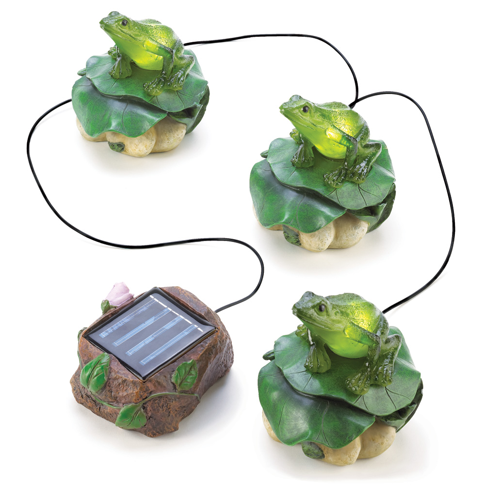 Wholesale solar frog trio garden decor buy wholesale for Garden ornaments and accessories