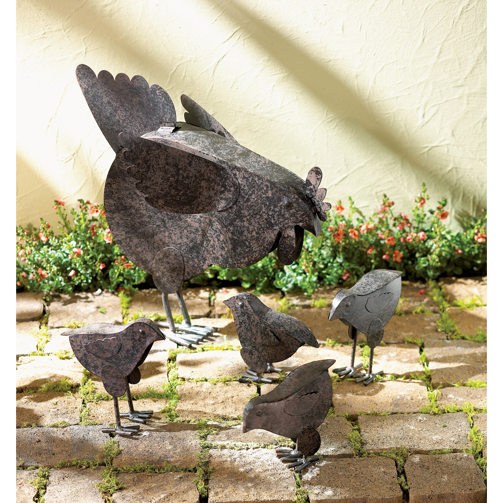 5-Piece Rusted Metal Hen Family