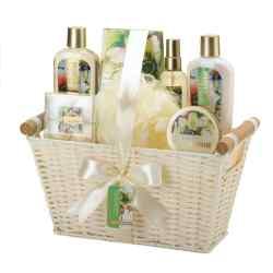 Minted Jasmine White Basket Spa Set