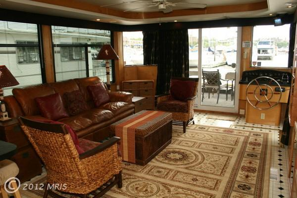 Great Houseboat Listing or GREATEST Houseboat Listing? | DCist