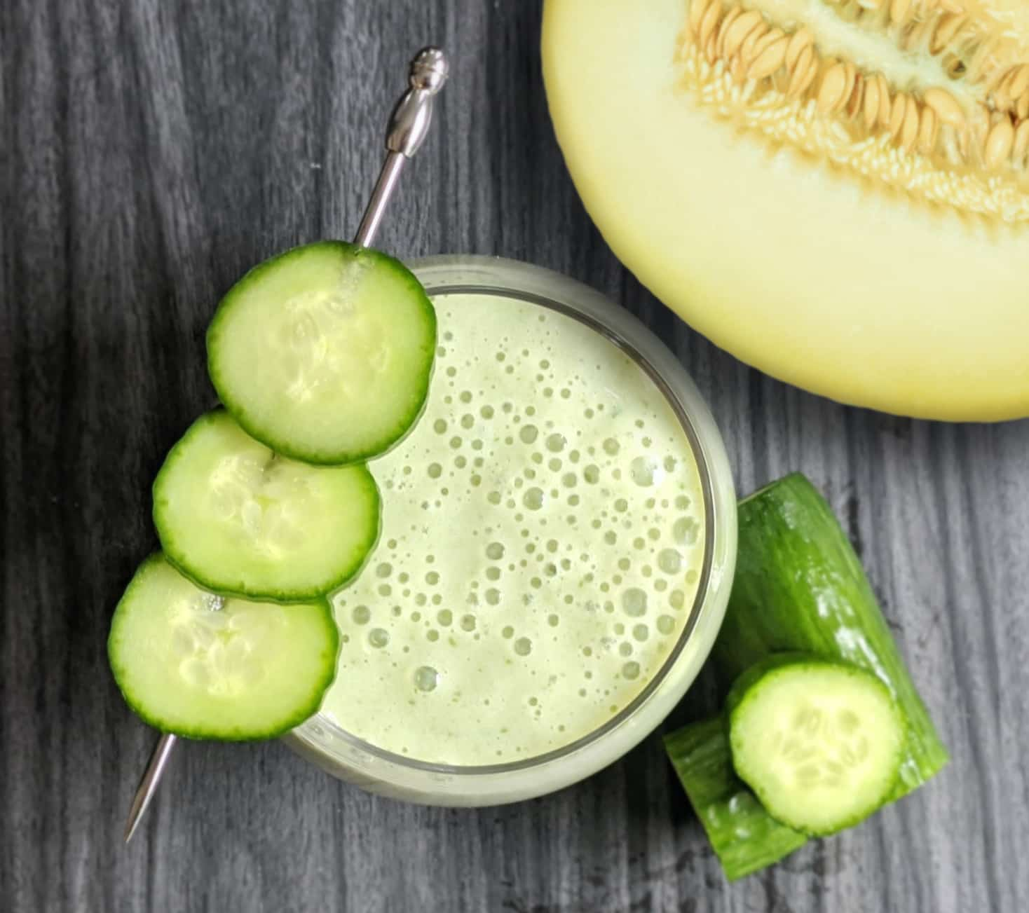 image of honeydew cucumber mint smoothie - a nutritious and healthy summer treat.