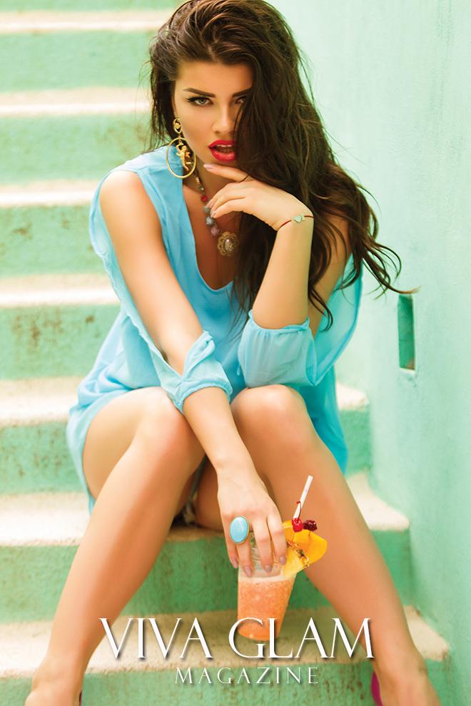 karolina chomistekova viva glam magazine supermodel mexico sayulita cashmere hair photoshoot deja jordan