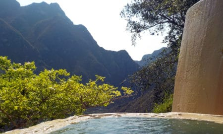 5_Hidden_Destinations_in_Mexico_for_The_adventure_Lover_Main_Image_Grutas_Tolantongo111