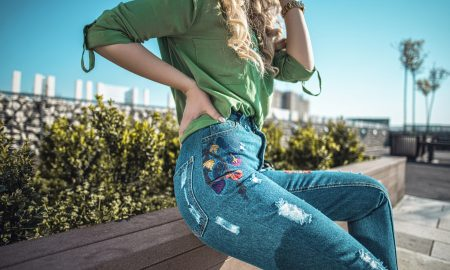 """How the """"Mom Jeans"""" Became a Street Style Sensation"""