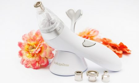 Practice_Microdermabrasion_from_the_Comfort_of_Your_Home_NuAcquaDerm