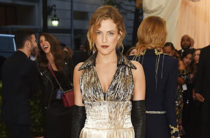 Riley Keough Wears Natural Beauty Brand Alima Pure on the Met Gala Red Carpet