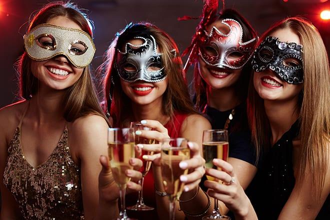 Fun-Party-Ideas-for-Adventurous-Adults-masquerade