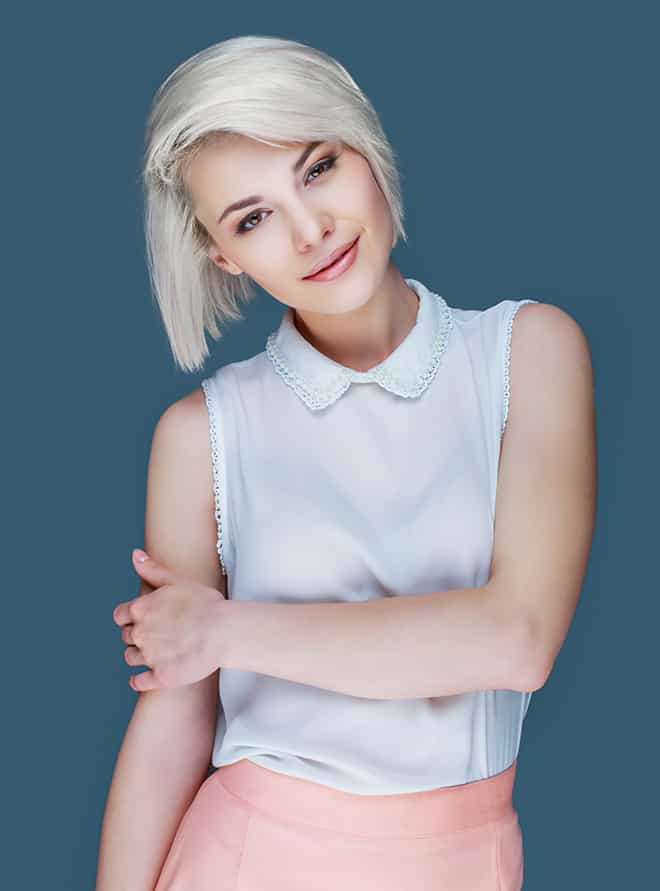 the-best-colors-to-wear-to-match-your-blonde-hair-white-tank