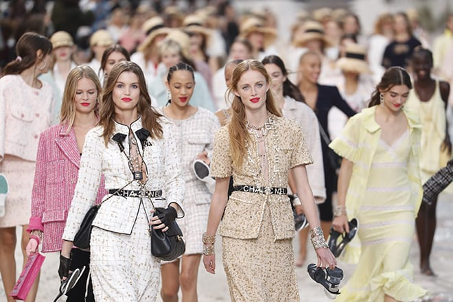 What-Aspiring-Young-Models-Should-Know-About-Working-in-the-Fashion-Industry-chanel-runway-models