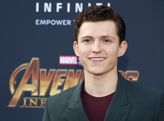The-Sexy-Men-You-Would-Want-to-Play-Sex-Games-With-tom-holland