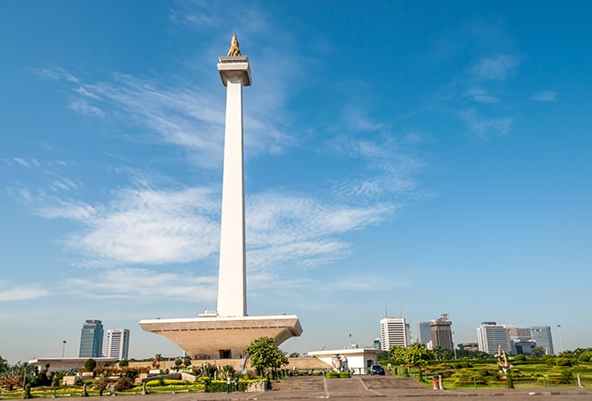 Top-Things-to-do-in-Jakarta-to-Get-the-Real-Essence-of-the-City-National-Monument-of-Monas
