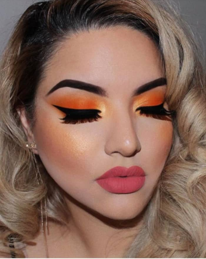 Turn Up The Heat This Summer With These Makeup Looks 1