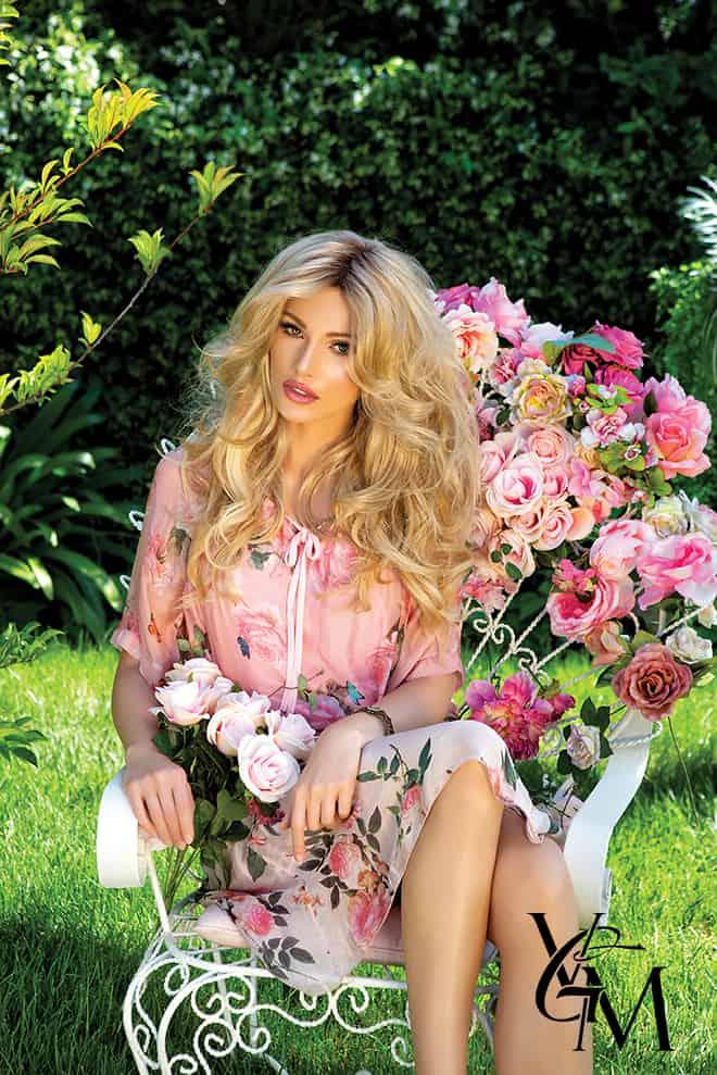 america-saved-me-the-story-of-alena-simonova-model-fashion-garden-2