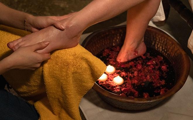 desuar-luxury-spa-feet-soak