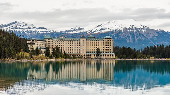 A-Travel-Guide-to-Stunning-and-Versatile-Canada-lakes