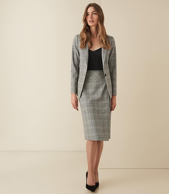 tailored-suit-women-viva-glam-magazine