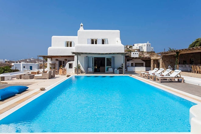 ultimate-luxury-accomodation-in-mykonos-Villa-Cara-Mia