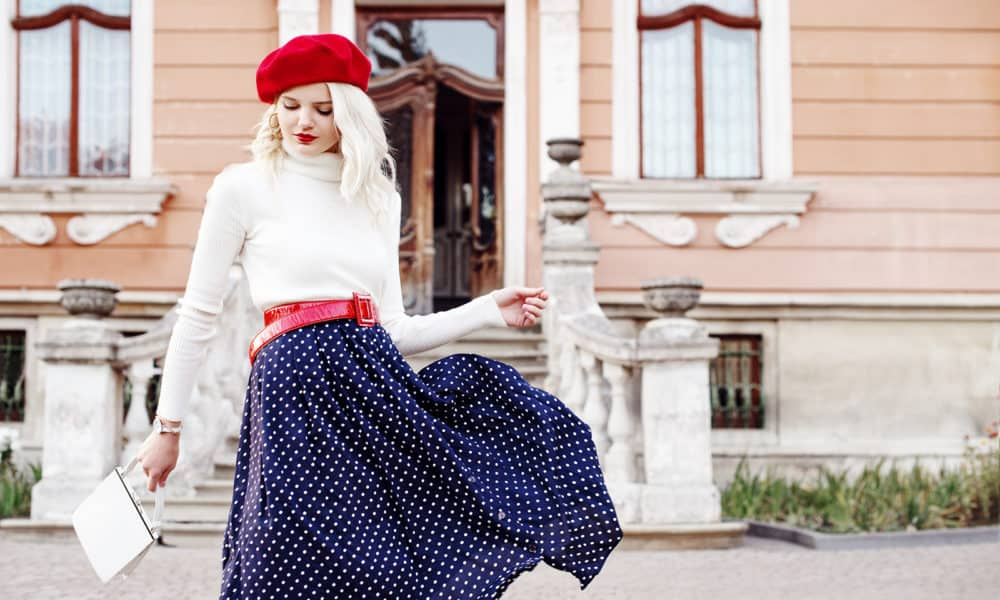 how-to-shop-like-a-fashion-editor-viva-glam-main-image