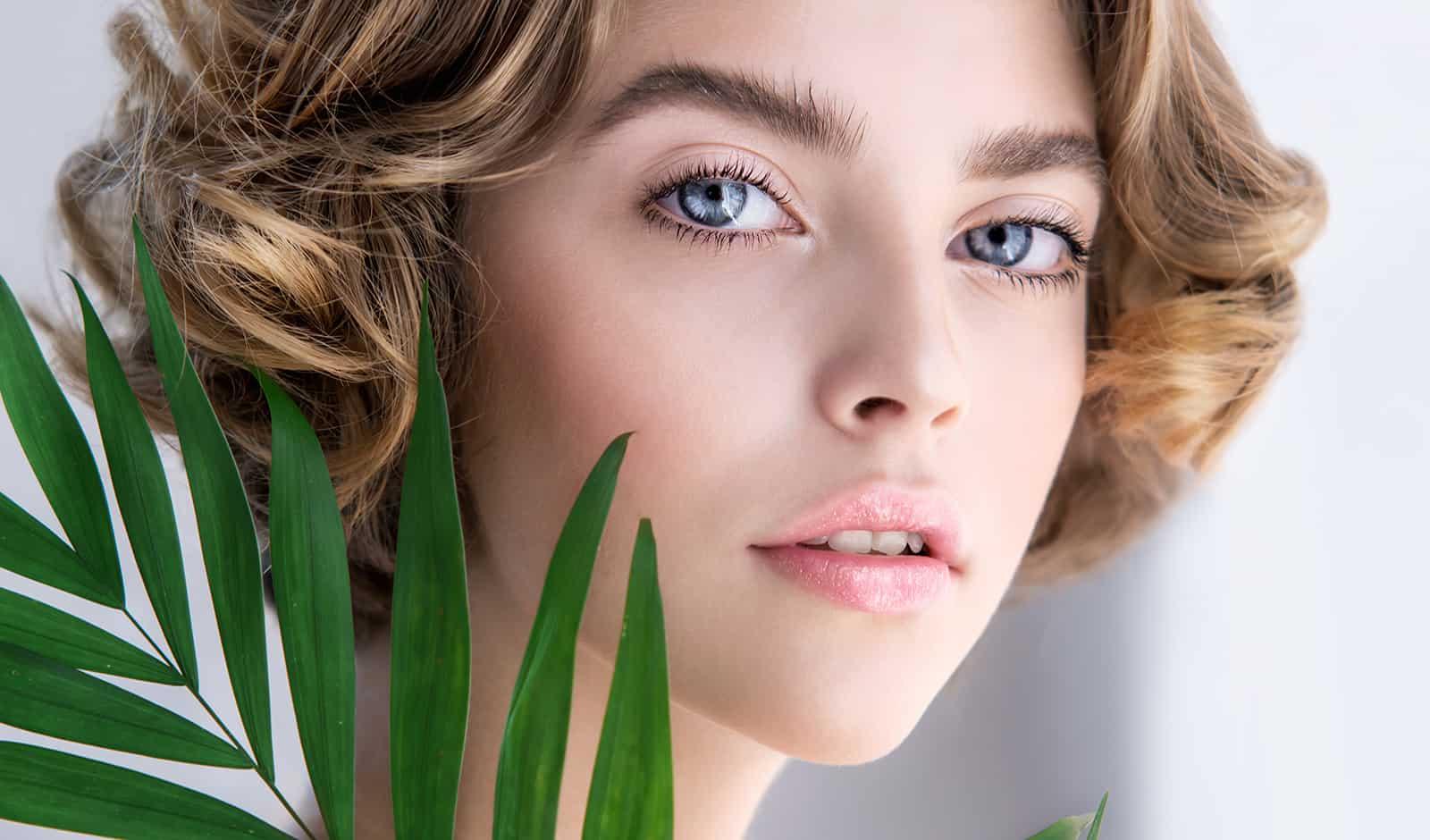 natural-ways-to-remove-your-makeup-main-image