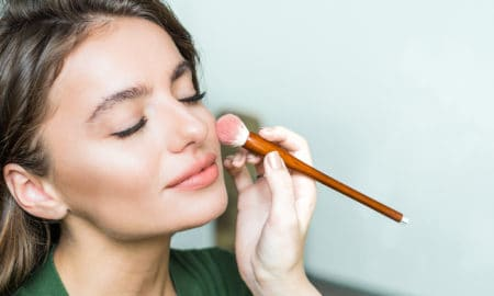 the-real-reason-why-you-have-to-get-rid-of-your-makeup