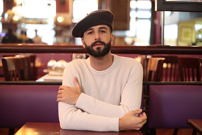bon-clic-bon-genre-hats-all-you-need-to-know-man-in-beret-hat