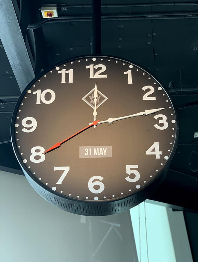 titanic-what-you-don't-know-facts-information-clock-time-titanic-departed