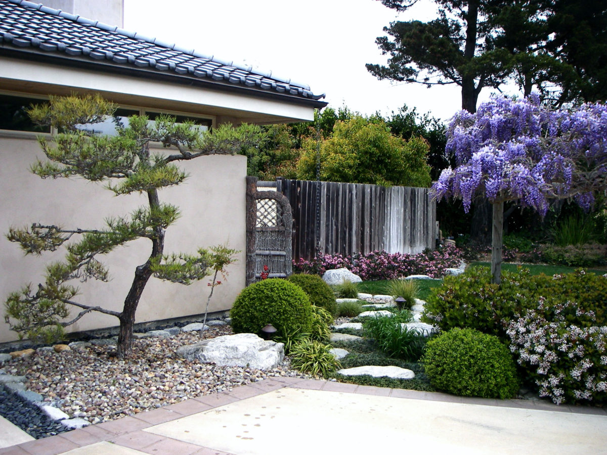 Zen garden pathway in southern california front yard